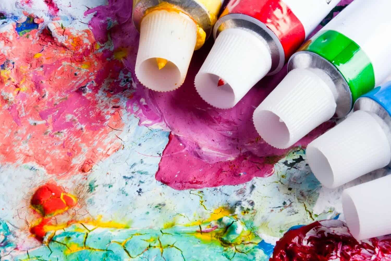 differences between acrylic and oil paint