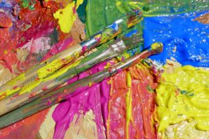 how to get dried acrylic paint out of your brushes