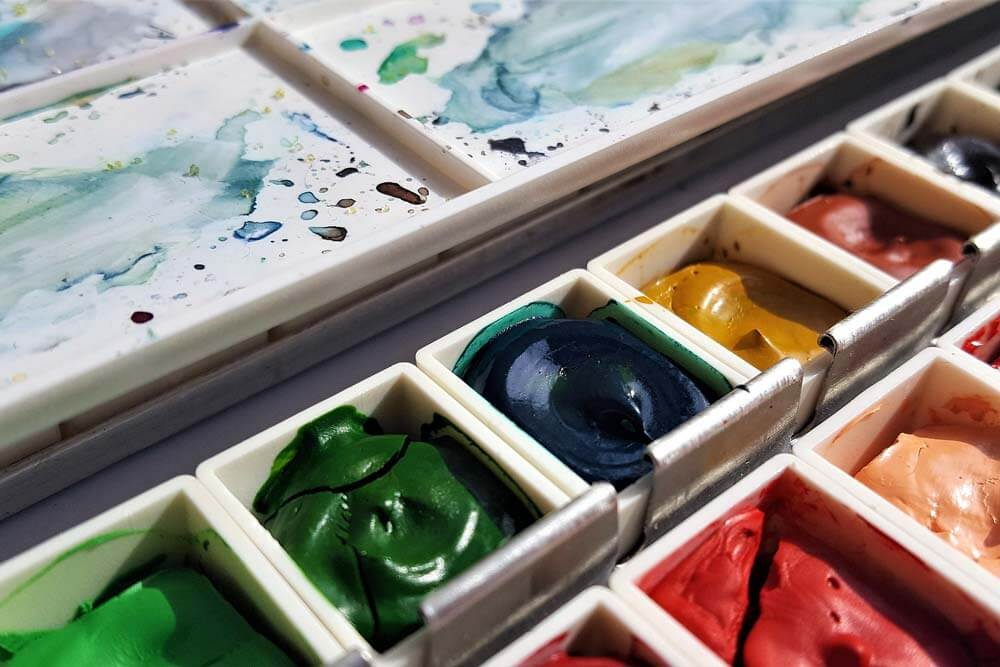 13 Best Watercolor Paints For Professional Artists And Students